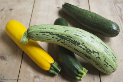 diverse courgettes courgettes