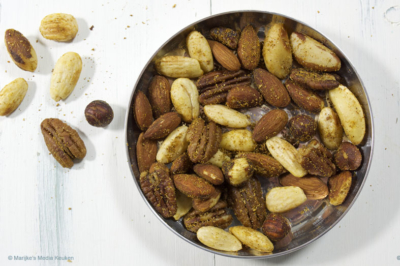 Geroosterde noten met rash el hanout