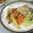 Gebakken vis met komkommer-bosuisaus