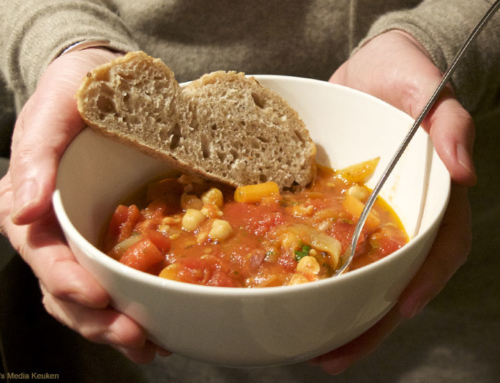 Snelle tomatensoep met kikkererwten