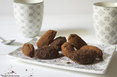 Chocoladetruffels met chilipeper of zeezout