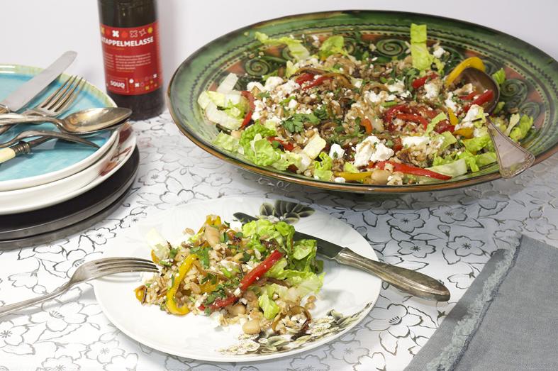 Salade van gebakken groenten, farro en feta