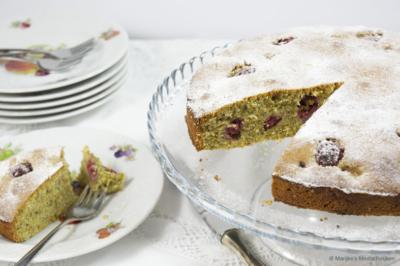 pistachecake met frambozen en vanille