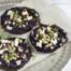 Geroosterde rodekool met amandelen en verse geitenkaas