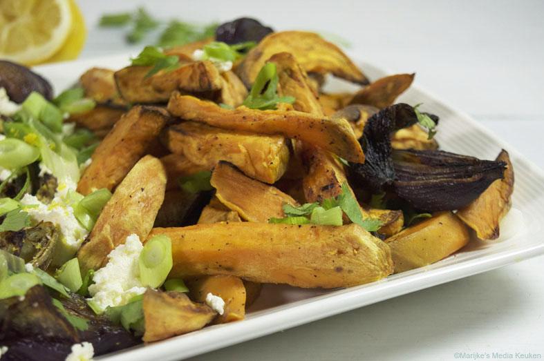 Zoete aardappelfrieten uit de oven