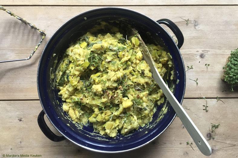 Preistamppot met curry en hazelnoten
