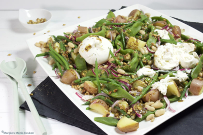 Bonensalade met burrata en mosterddressing