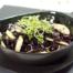 Rodekoolsalade met appel en nootjes maken