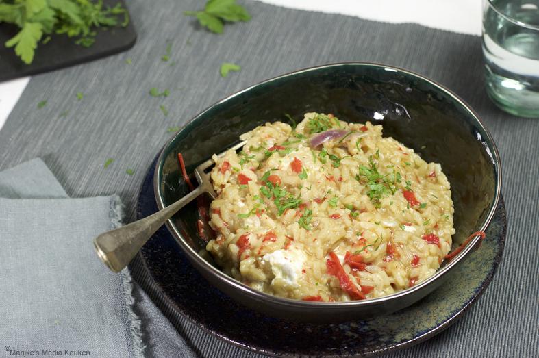 Risotto met paprika en geitenkaas maken